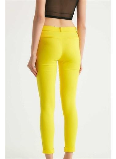 Robin Robin Dar Kesim Kumaş Pantolon Sarı Sarı